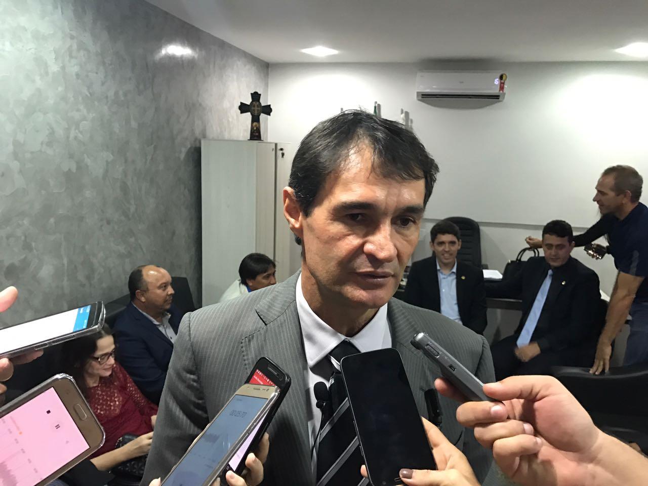 Articulação Nacional: Após ser destituído do comando do PTB, destino de Wilson Santiago pode ser o PSD e Romero, o PTB