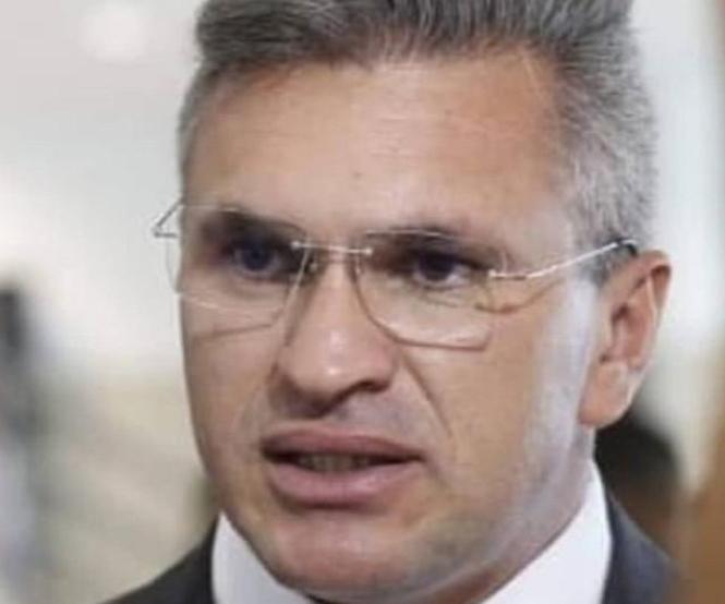 VÍDEO: Julian Lemos mostra coerência e abre mão de indicação em cargos no Governo Federal