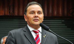 Manoel Ludgério reafirma voto em Adriano Galdino e Hervázio Bezerra para Presidência da ALPB