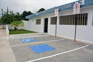 Prefeito entrega 29ª Unidade de Saúde da Família e entrega sete veículos de suporte à Atenção Básica