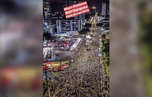 Público recorde lota Avenida Epitácio Pessoa na segunda noite do Folia de Rua