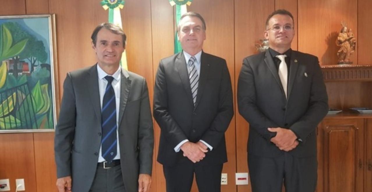 Romero Rodrigues é recebido pelo presidente Jair Bolsonaro no Palácio do Planalto