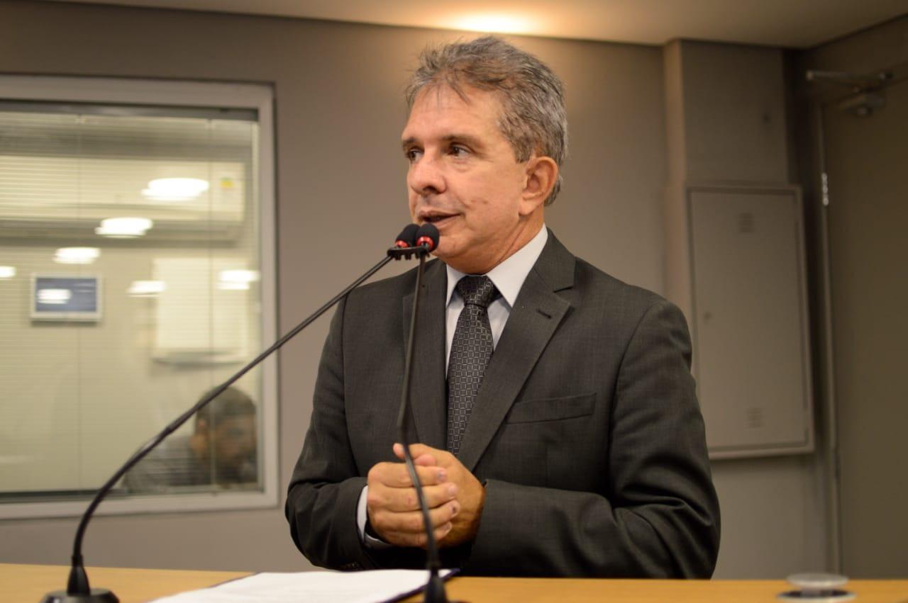 Nabor crê em aprovação de projeto que extingue eleição para presidente da AL