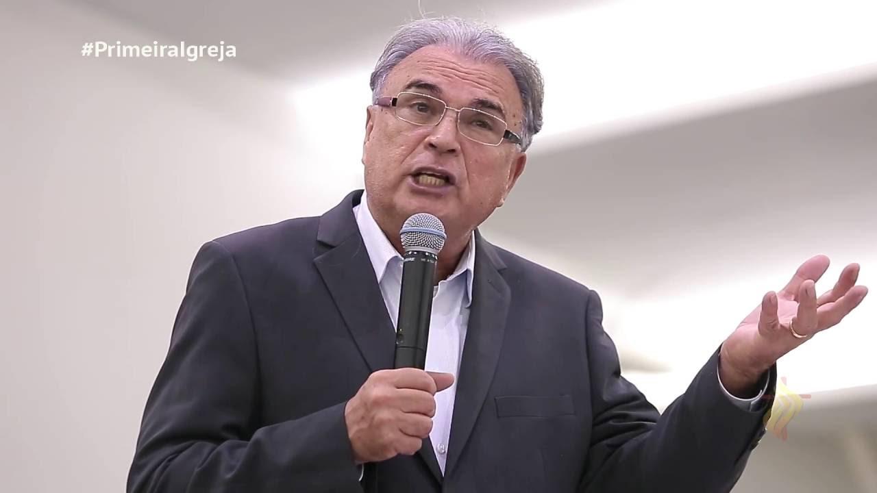 Pastor Estevam Fernandes passa mal e é submetido a angioplastia em João Pessoa